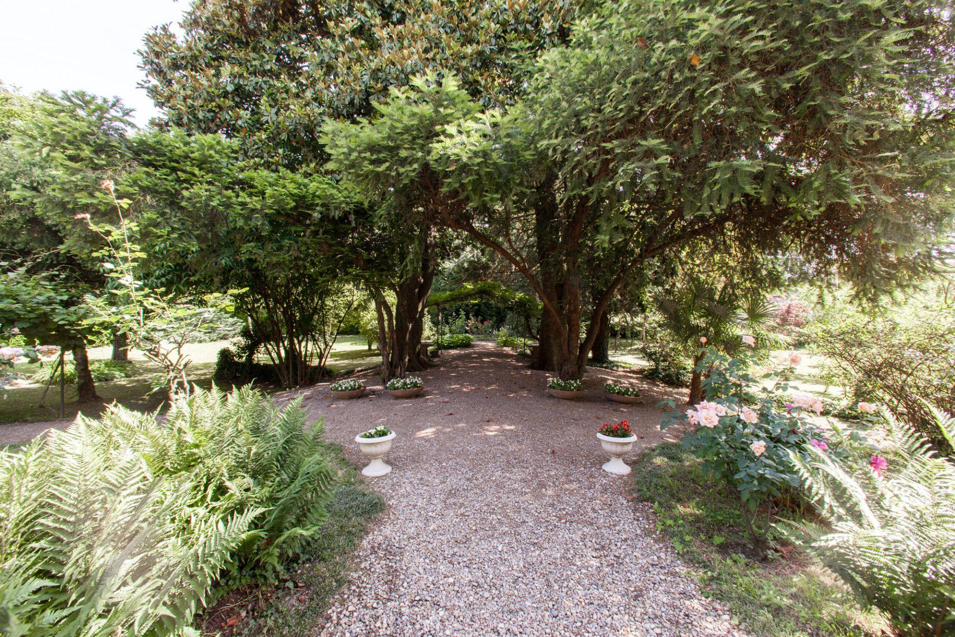 Emejing giardino in terrazza pictures house design ideas for Foto giardini a terrazza