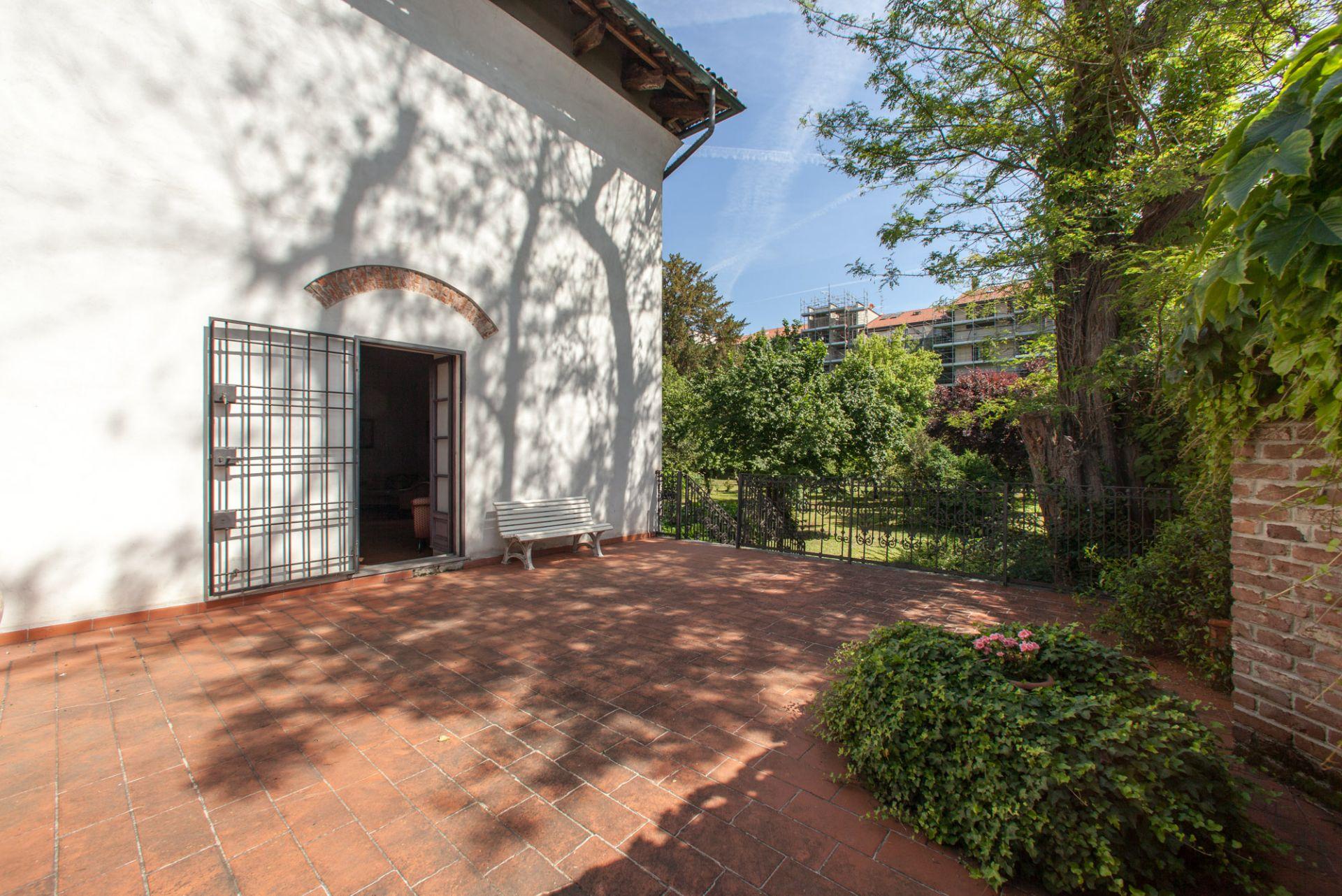 Giardino e terrazza villa triulzo for Giardino in terrazza